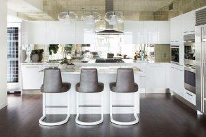kitchen-mirror-backsplash