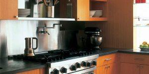 kitchen-stainless-backsplash